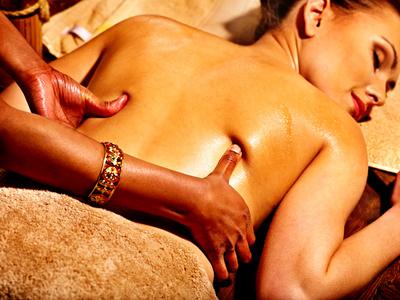 Pristabhyanga – Rückenmassage