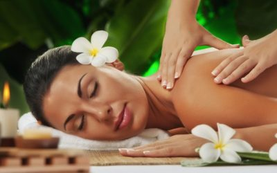 Hawaiianische Lomi Lomi Massage