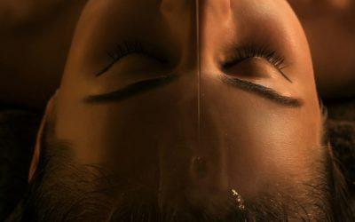 Shirodhara – Stirnölguss