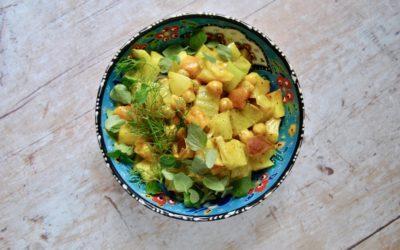 Fruchtige Kichererbsen Bowl mit getrockneten Aprikosen