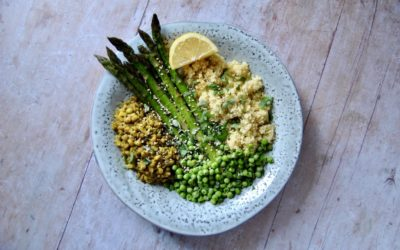 Sattvisches Frühlingsgericht mit Spargel und Mungbohnen
