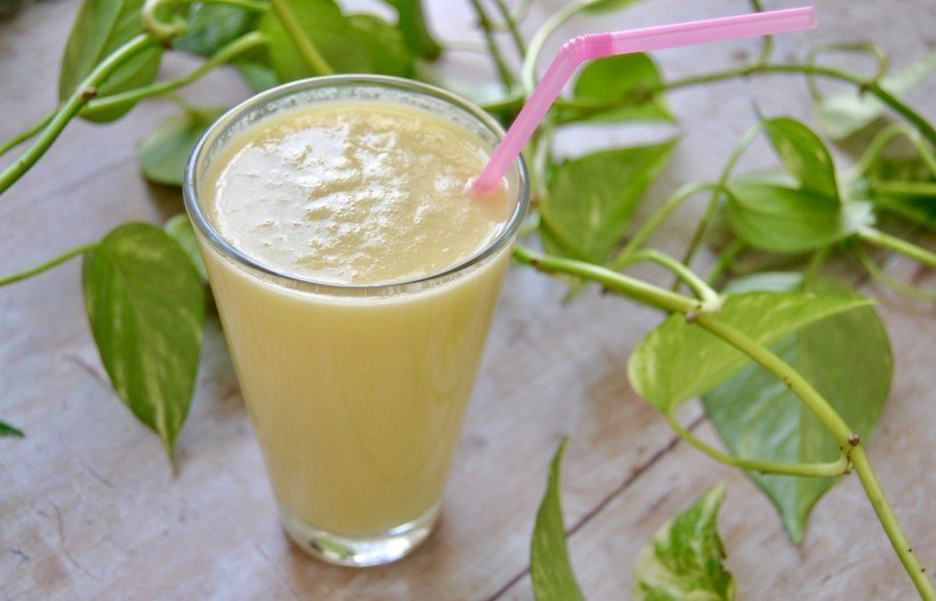 Kühlender Mango Lassi – gut für die Verdauung oder nicht?