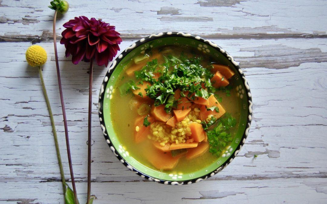 Einfache Mung Süßkartoffel Suppe