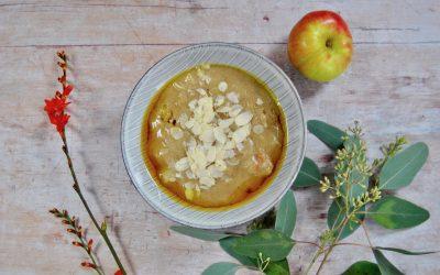Ayurvedischer Vanille Grieß mit Apfel